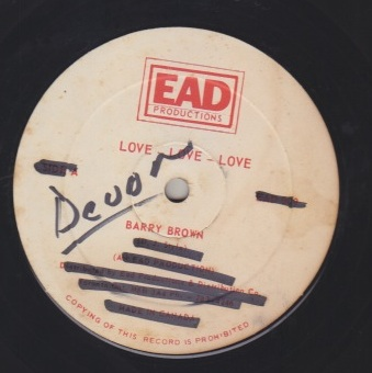 Barry Brown / Eek A Mouse - Love Love Love / Under the Golden Moonlight